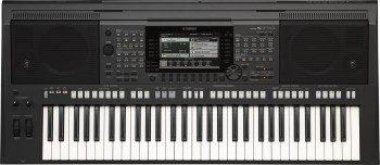 Yamaha PSR-S770 Set inkl. Gerätetisch,Bank,Kopfhörer