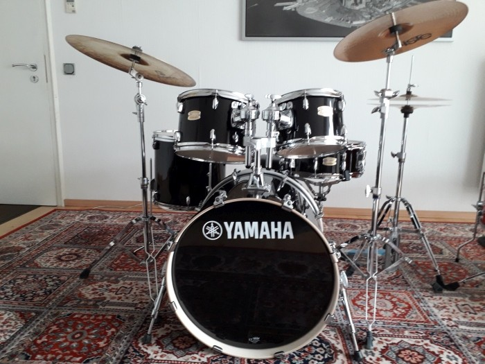 Drumset Yamaha Stage Custom Birch (inkl. Hardware) Raven Black