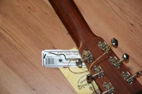 Martin D-18 - vollmassive Westerngitarre