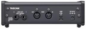Tascam US-2x2HR USB-Audio-/MIDI-Interface